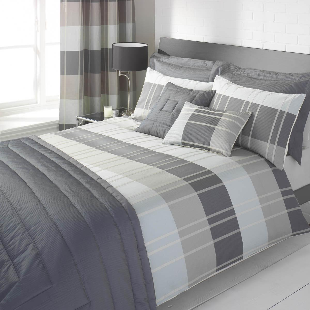 Slate Colorado Duvet Cover By Julian Charles