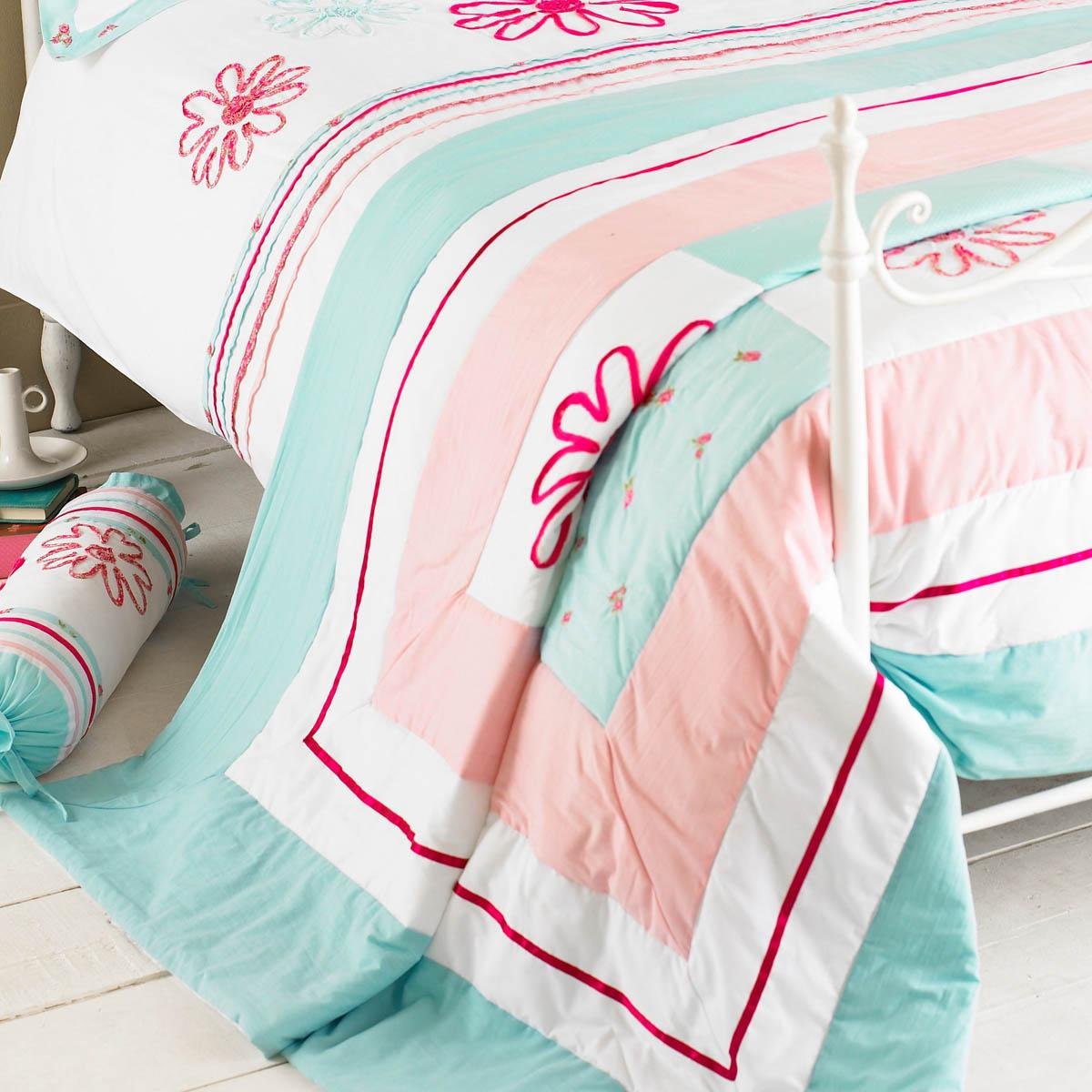 Pink Harriet Bedspread
