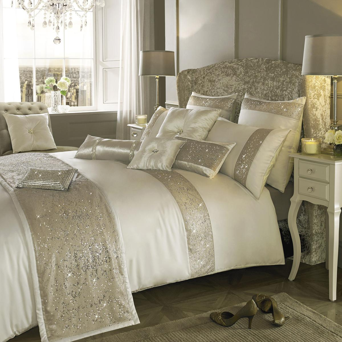 Oyster Kylie Minogue Duo Bedding
