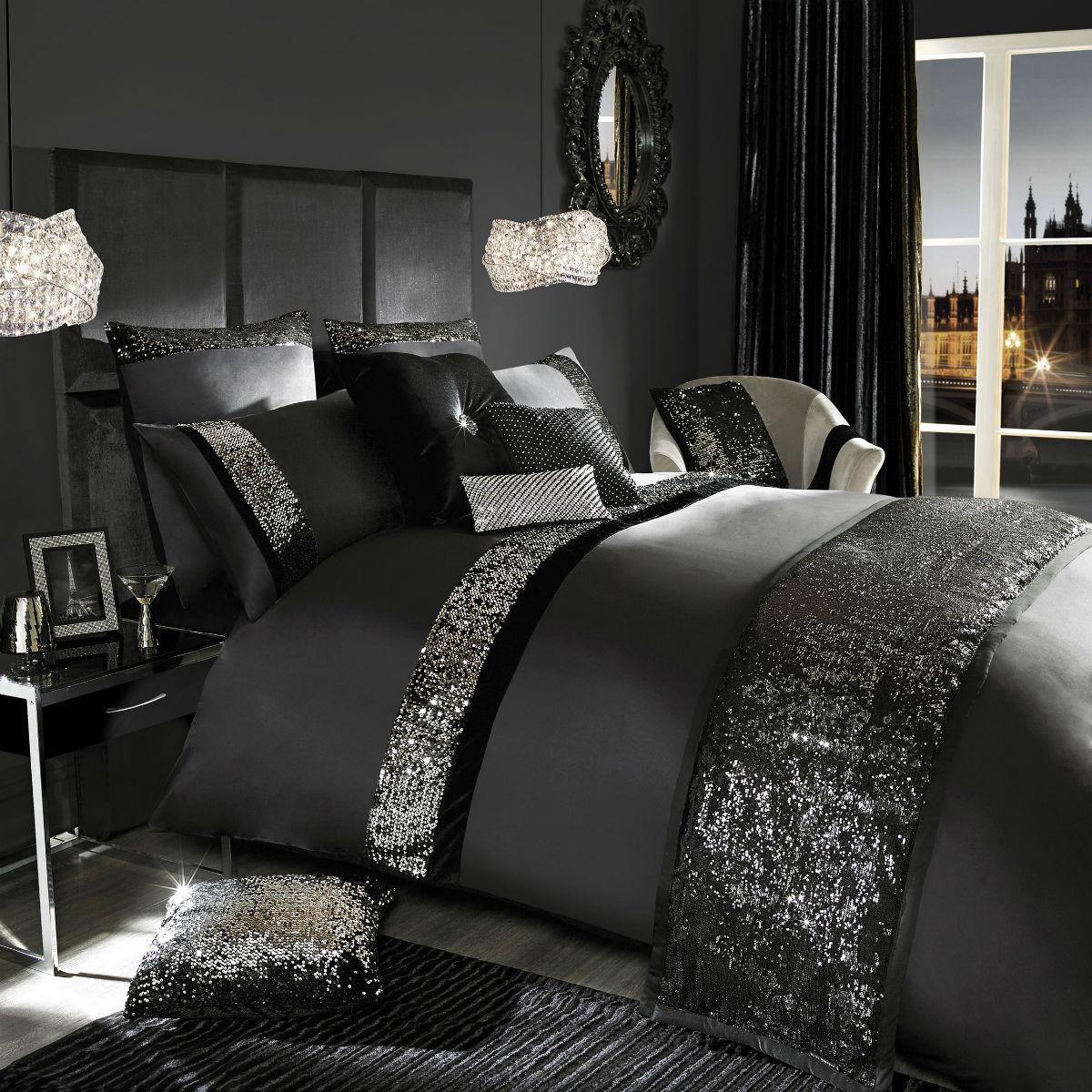 Black Kylie Minogue Velvetina Bedding