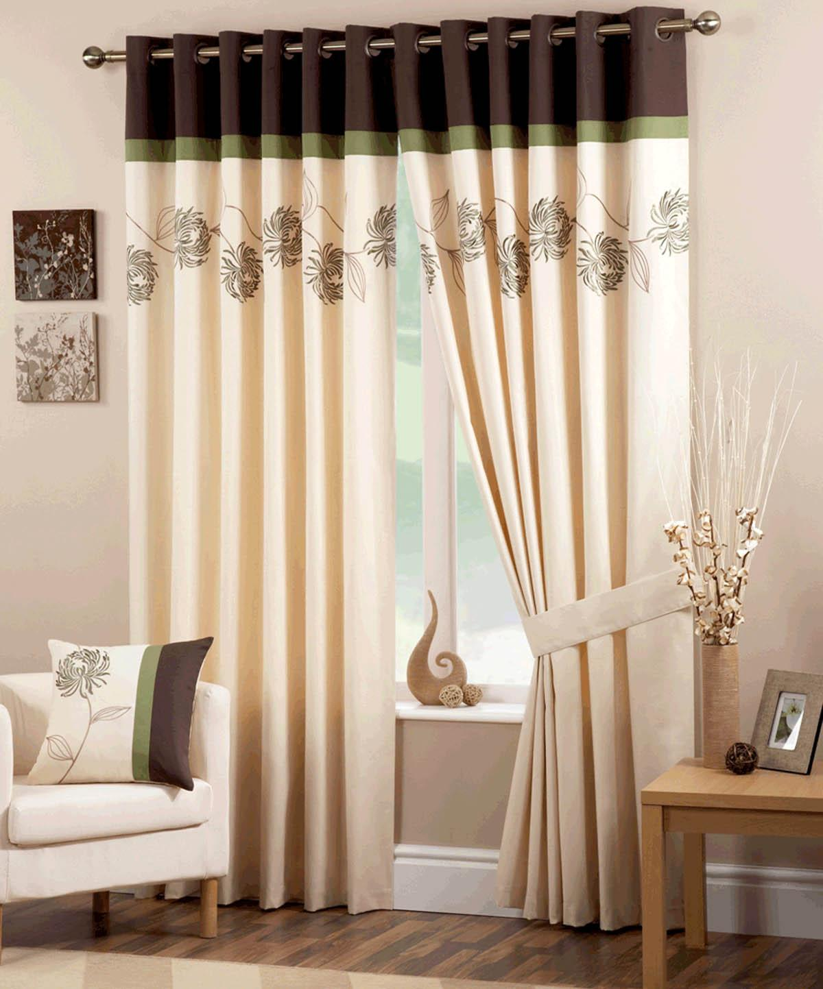 Green Petula Ready Made Eyelet Curtains