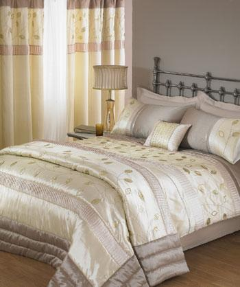 Natural Glimmer Embroidered Duvet Cover