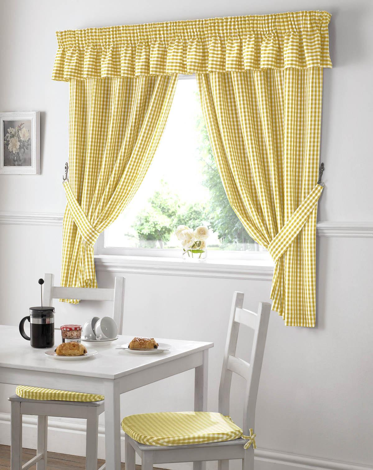 Gingham Ready Made Pencil Pleat Kitchen Curtains