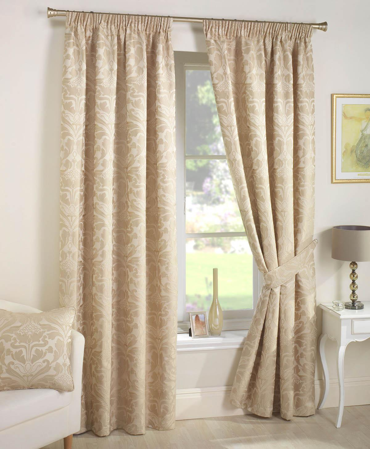 Crompton Ready Made Lined Curtains