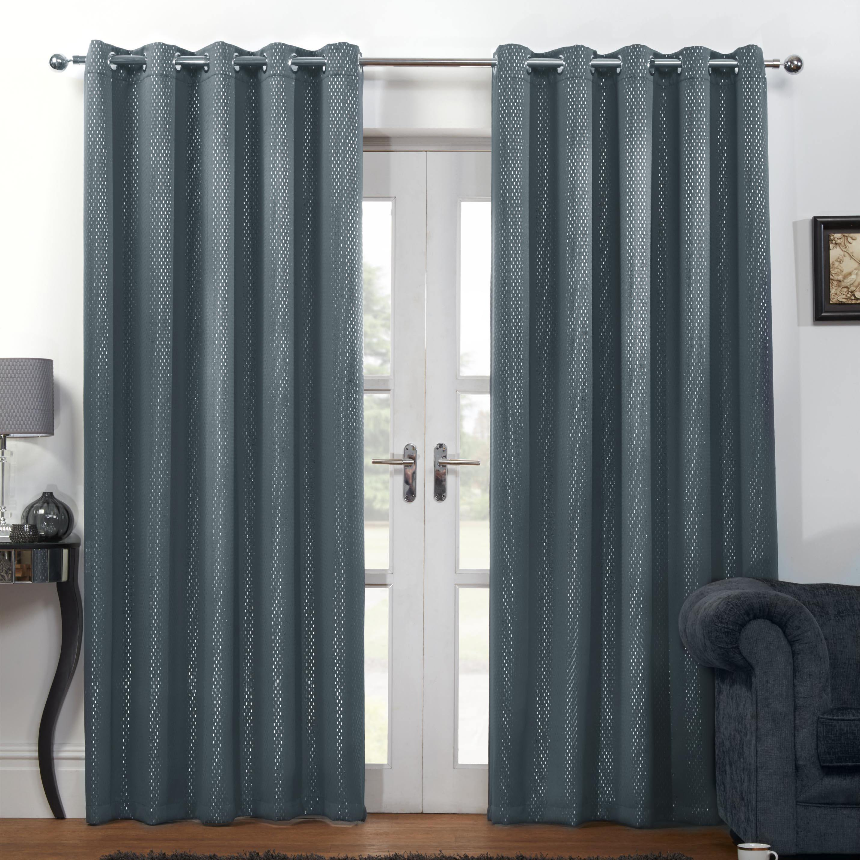 Good Carbon Thermal Blackout Ready Made Eyelet Curtains