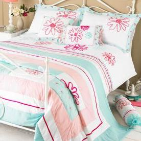 Harriet Duvet Set