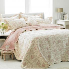 Etoille Quilted Bedspread