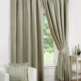 Vancouver Ready Made Lined Curtain