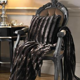 Zorina Luxury Throw