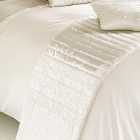 Madaline Bed Runner