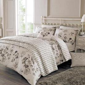 Kayleigh Bedding Set