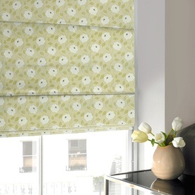 Trailing Flower Roman Blind