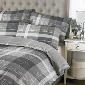 Clubhouse Printed Bedding Set