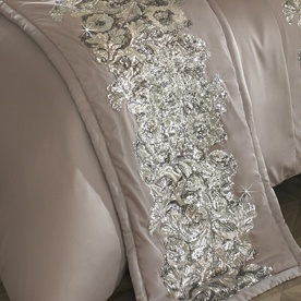 Kylie Minogue Petra Bed Throw