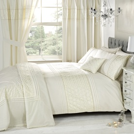 Everdene Bedding