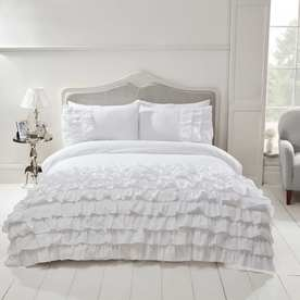 Flamenco Embellished Bedding Set