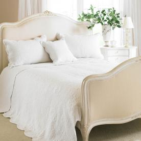 Toulon Quilted Bedspread