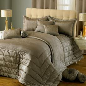 Chic Quilted Bedspread
